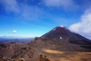 tongariro-alpine-crossing-track--4-.jpg