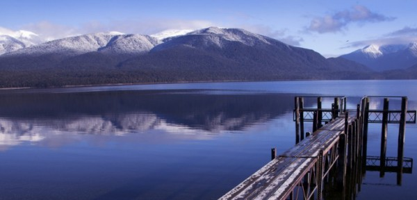 large_lake-te-anau.jpg